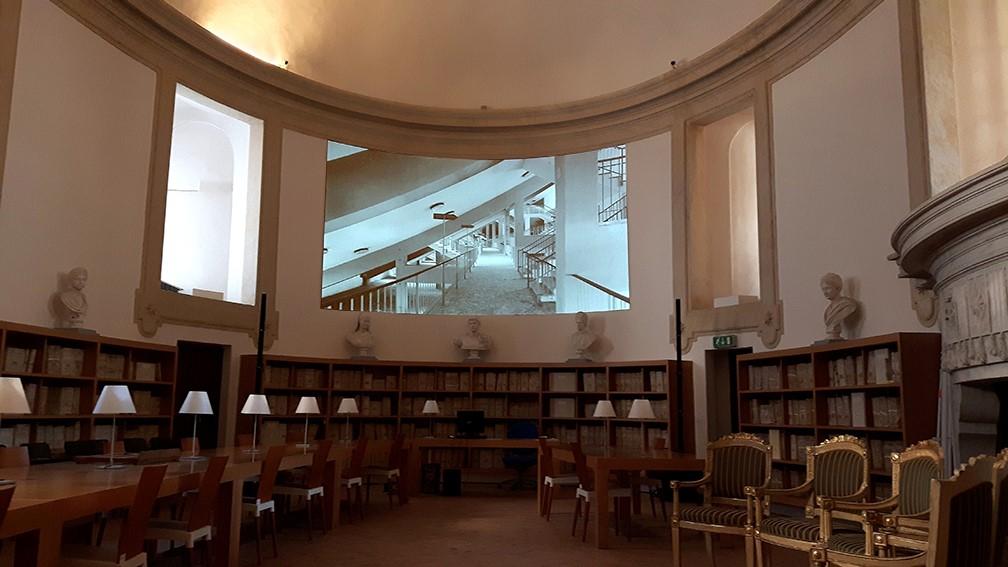 La costruzione, 2018, video loop, 00:16:00, installation view at Archivio Storico Capitolino