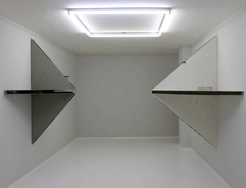 Im Nacken, 2011, Im Nacken, 2012, metal doors
