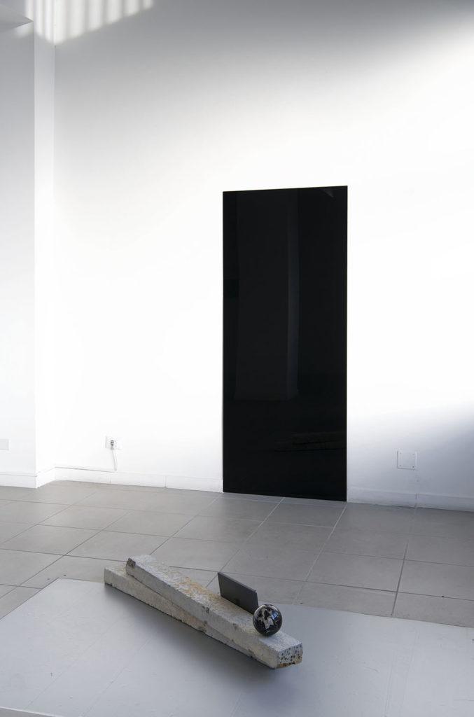 Untitled(Gate), 2015, sheet of glass, spray paint, 80x195 cm. Photo: Giorgio Benni
